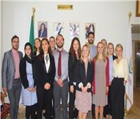 منظمة المرأة العربية تستقبل وفدًا من القيادات الشبابية الأوروبية والأمريكية والكندية