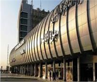 إصابة سائق وعامل في حادث تصادم بمهبط مطار القاهرة