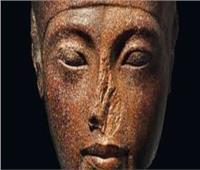 زاهي حواس: بيع «رأس توت عنخ أمون» نقطة سوداء في تاريخ «كريستيز»