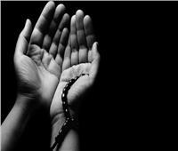 هل يعلم المتوفى من يدعو له؟ «البحوث الإسلامية» يجيب