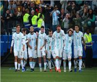 """كوبا أمريكا 2019  الأرجنتين تتقدم بهدفين على تشيلي وطرد """"ميسي"""" في الشوط الأول"""