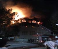 فيديو وصور| تجمع الأهالي أمام حريق كنيسة الأنبا بولا
