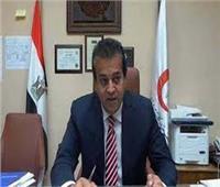 وزير التعليم العالي يستعرض تقريرًا حول مشروعات دعم التميز بالجامعات المصرية