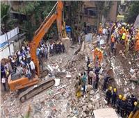 مخاوف من محاصرة العشرات بعد انهيار مبنى في مومباي