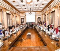 رئيس جامعة القاهرة: اتخذنا إجراءات لتطوير العملية التعليمية