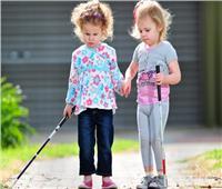 مفاجأة.. هواتف الذكاء الاصطناعي تمنع «العمى» في الطفولة