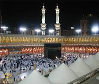 المصلون يؤدون صلاة الخسوف بالمسجد الحرام