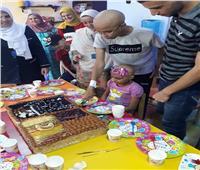 «أورام طنطا» تحتفل بنجاح طالب مريض في الثانوية العامة