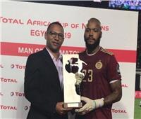 «مبولحي» أفضل لاعب في نهائي أمم إفريقيا 2019