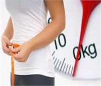 استشاري: تخفيض الوزن يعالج السلس البولي عند السيدات
