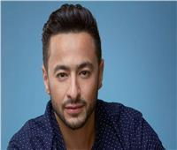 حمادة هلال يعتذر عن استلام جائزة «الميما» بسبب مرض والدته