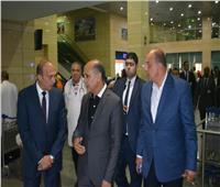 وزير الطيران يتفقد مطار برج العرب الدولي لمتابعة سفر الحجاج