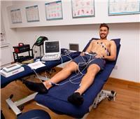 «تريزيجيه» يجتاز الكشف الطبي في «آستون فيلا»