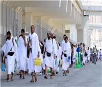 """""""البحوث الإسلامية"""" يكثف من تواجد الوعاظ والواعظات بالمطارات لشرح مناسك الحج"""
