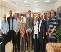 حسين زين يلتقي العاملين بقطاع الهندسة الإذاعية