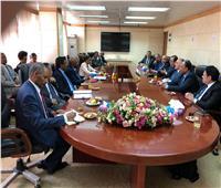 وزير الري يصل القاهرة قادما منأديس أبابا
