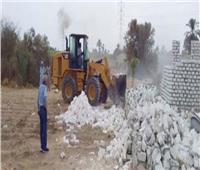 إزالة 21 حالة تعد على أراضى الدولة بمركز بنى مزار بالمنيا