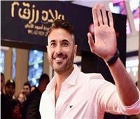 أحمد عز لجمهوره: «لسه اللي جاي أفضل»