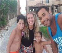 كلمات مؤثرة من أحمد السعدني لزوجته بعد وفاتها: «ملحقتش أرجعلك.. سامحيني»