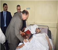 محافظ الفيوم يزور المرضى ونزلاء دور الأيتام والمسنين وفرق الأمن لتهنئتهم بالعيد