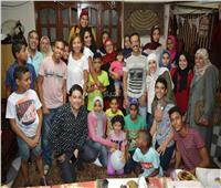 صور| ريم البارودي وسالي عبد السلام يزوران إحدى دور الأيتام