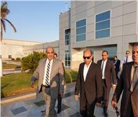 صور  وزير الطيران يتفقد مطار شرم الشيخ الدولي في ثالث أيام عيد الأضحى المبارك