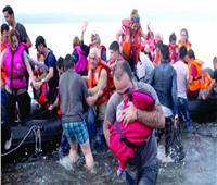 500 مهاجر لا يزالون عالقين في البحر بعد إنقاذهم