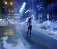 الصين تنشر قواتها العسكرية قرب حدود هونج كونج