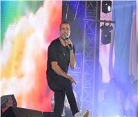عمرو دياب يؤكد طرح «أول يوم في البعد» في ألبومه الجديد