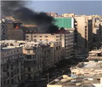 بالصور| حريق هائل يلتهم الدور الأخير في فندق وسط الإسكندرية