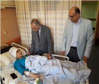 صور| نائب رئيس جامعة الأزهر يتفقد المستشفى التخصصي