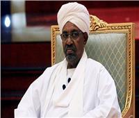 السودان: البشير يحضر محاكمته للمرة الأولى وسط إجراءات أمنية مشددة