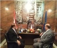 محافظ أسوان يطالب «المصرية للإتصالات» بتقوية الخدمات في المواقع السياحية