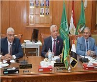اللجنة العليا للحاسبات بجامعة المنوفية تستعرض إنجازات مركز المعلومات