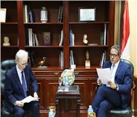 وزير الآثار يستقبل سفير اليابان بالقاهرة لمناقشة تطورات أعمال المتحف الكبير