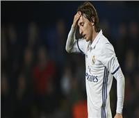 الاتحاد الإسباني يوقف «مودريتش» مباراة واحدة بعد الطرد أمام سلتا فيجو