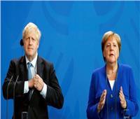 أنجيلا ميركل وبوريس جونسون يبحثان «بريكست» في برلين