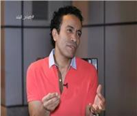 فيديو| سامح حسين عن علاقته بالسوشيال ميديا: «مش بحب التفاهة»