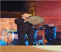 صور| هاني شاكر يتألق في حفل «محكىالقلعة» بـ«علي الضحكاية»