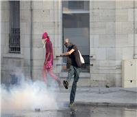فرنسا تستخدم الغاز المسيل للدموع لتفريق متظاهرين مناهضين لمجموعة السبع