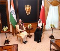 رئيس الوزراء البحريني يعقد جلسة مباحثات مع نظيره الهندي ويشهدان توقيع مذكرة تفاهم مشتركة
