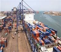 تداول 265 شاحنة بضائع عامة بموانيء البحر الأحمر