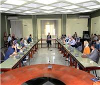 «جامعة المنصورة» تجتمع بمدرسين ومعيدين في الكليات لحل مشاكل الشباب