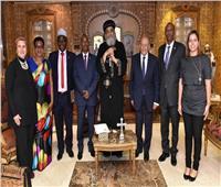 البابا تواضروس يستقبل وفد دولة بوروندي