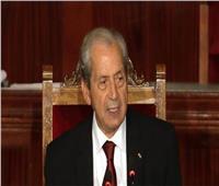الرئيس التونسي المؤقت يستعرض استعدادات الجيش لتأمين الانتخابات المقبلة