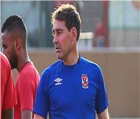 «فايلر» يجتمع مع لاعبي الأهلي في نهاية المران المسائي