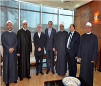 صور  «طايع» يستقبل مفتي البوسنة استعدادا للمؤتمر الثلاثين للمجلس الأعلى للشئون الإسلامية