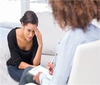استشاري: زيارة الطبيب النفسي ضرورة لممارسة الحياة بشكل جيد