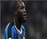 بسبب العنصرية ضد لوكاكو.. قناة إيطالية تعلن إيقاف صحفي