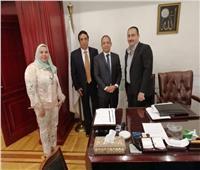 مستشار سفارة كوبا يبحث مع غرفة تجارة القاهرة التعاون في قطاع الأدوية